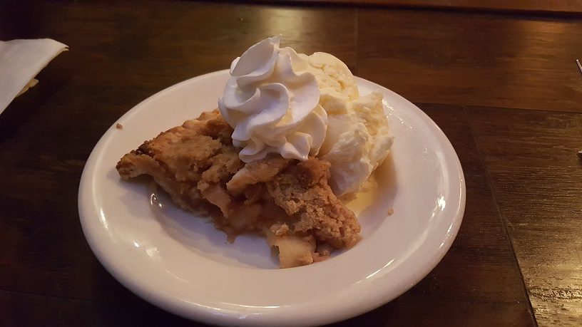 Gulf Coast Bay Ridge apple pie