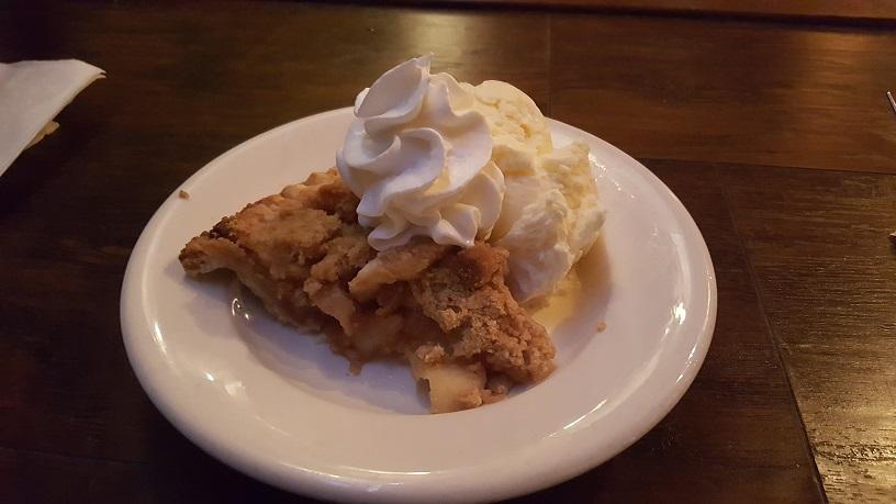 Gulf Coast Bay Ridge apple pie